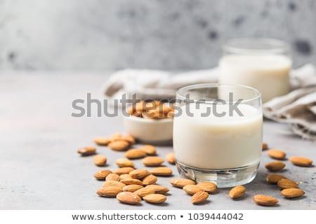 Vers amandel melk noten veganistisch drinken Stockfoto © yelenayemchuk