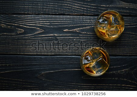 uno · vidrio · whisky · ron · verde · retroiluminación - foto stock © cipariss