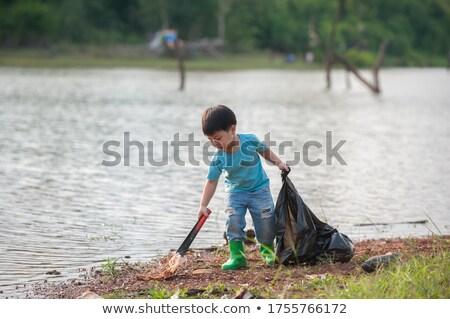 Jongen meisje omhoog prullenbak illustratie Stockfoto © colematt