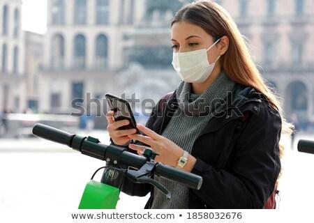 мобильных счастливым говорить сотового телефона Сток-фото © bluefern