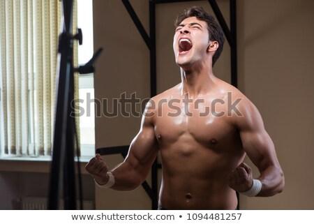 gömleksiz · adam · egzersiz · halter · spor · salonu - stok fotoğraf © feedough