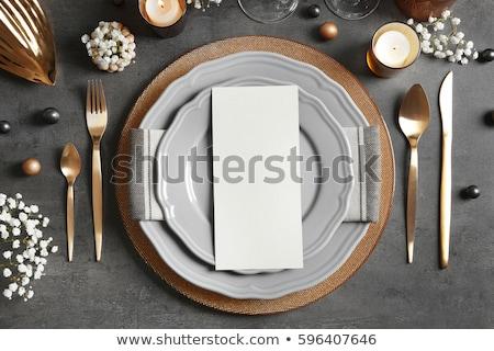 witte · plaat · groene · tafelkleed · mes - stockfoto © zhekos