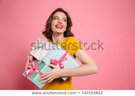 Stockfoto: Gelukkig · cute · vrouw · jurk · geschenkdoos