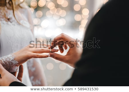 feliz · novia · novio · anillos · de · boda · arte · pop · estilo · retro - foto stock © bluering