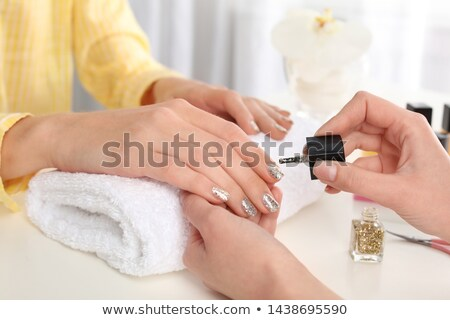 ногтя щетка ногти молодые женщину рук Сток-фото © wavebreak_media