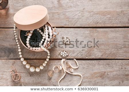 quarzo · collana · bracciale · perline · isolato · bianco - foto d'archivio © caimacanul