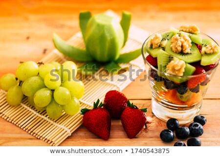 truskawki · salaterki · smaczny · świeże · jeżyna - zdjęcia stock © klsbear
