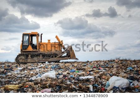 Bulldozer movimento garbage rifiuti Foto d'archivio © Rob300