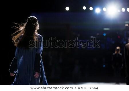 élégante femmes stade rouge rideau Retour Photo stock © tanya_ivanchuk