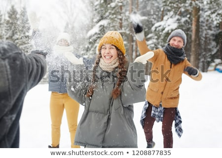 Menina bola de neve ilustração crianças neve inverno Foto stock © adrenalina