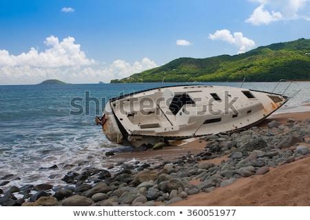 Jacht elpusztított hurrikán sziget üres tengerpart Stock fotó © CaptureLight