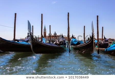 kanaal · Venetië · Italië · verticaal · afbeelding · stad - stockfoto © oleksandro