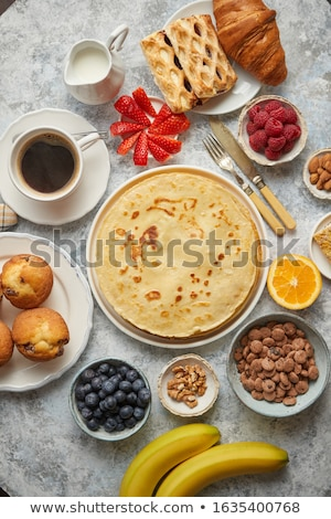 ontbijt · muffins · koffie · vers · papier - stockfoto © dash