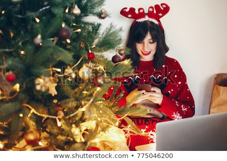 Közösségi média emberek karácsonyfa zöld üzletemberek kapcsolat Stock fotó © cienpies