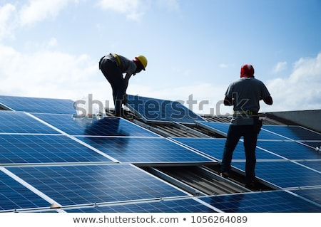 Nap fotovoltaikus tető panel tömb csempézett Stock fotó © Rob300