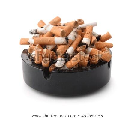 Cinzeiro vidro fumar cigarro bumbum sujo Foto stock © photography33
