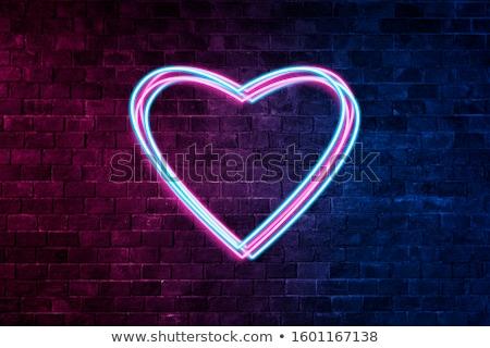 kırmızı · boyalı · kalp · beton · duvar · sevmek - stok fotoğraf © elinamanninen