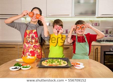 Kind vers pizza cute meisje Stockfoto © gewoldi