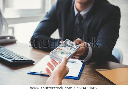 Hombre efectivo pago papel Foto stock © AndreyPopov