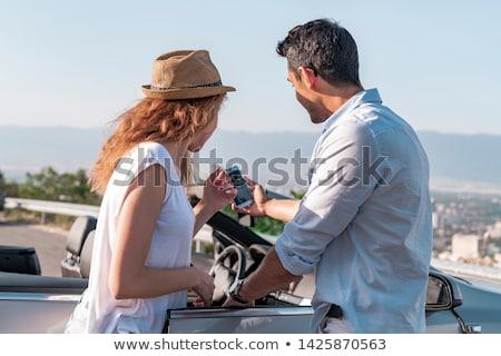 Portret paar auto man reizen Stockfoto © stokkete