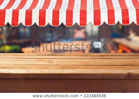 白 ショーケース 赤 空っぽ 棚 ストア ストックフォト © timurock