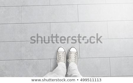 Stock fotó: Férfi · csempe · ház · kéz · munkás · állás