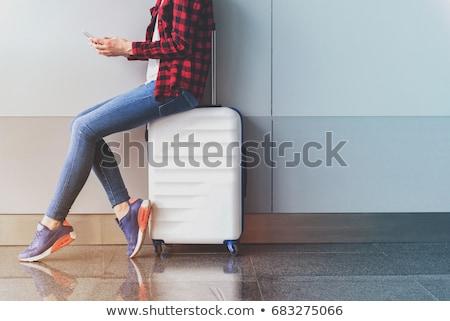 nő · kéz · ül · bőrönd · fehér · boldog - stock fotó © photosebia