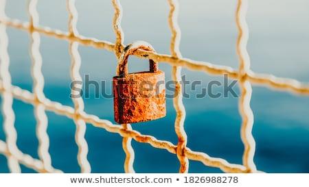 Amor trancado pequeno ponte Praga moderno Foto stock © searagen