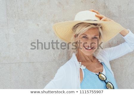 mulher · atraente · sardas · ao · ar · livre · mulher · cara · moda - foto stock © chesterf