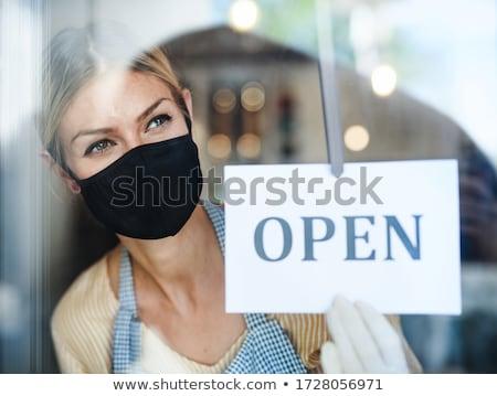 Iş alışveriş güzel bir kadın yalıtılmış beyaz Stok fotoğraf © dash