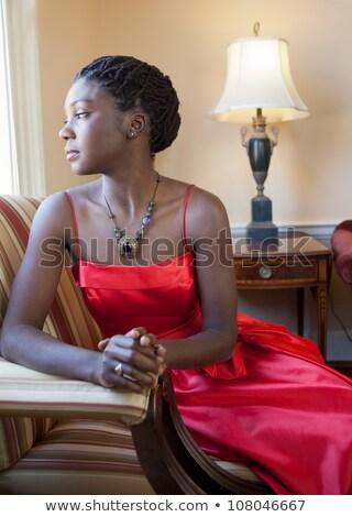 アフリカ系アメリカ人 · 女性 · アフロ · ヘアスタイル · ポーズ · ファッション - ストックフォト © dash