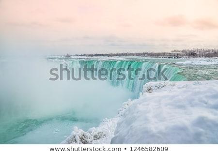 Bevroren waterval hoefijzer rivier Niagara Falls ontario Stockfoto © bmonteny