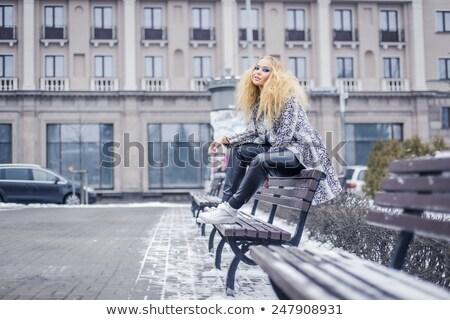 ストックフォト: 小さな · 女性 · スタイリッシュ · 若い女の子 · 革