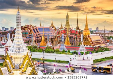 Dourado pagode palácio Bangkok Tailândia céu Foto stock © tang90246