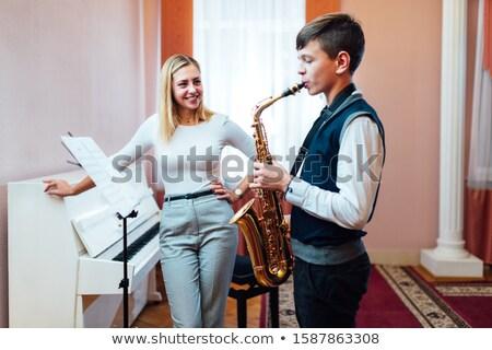 aprendizagem · saxofone · retrato · sensual · belo · nu - foto stock © Fisher