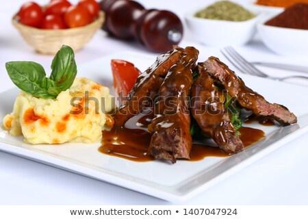 Kalfsvlees biefstuk saus voedsel hout Stockfoto © phila54