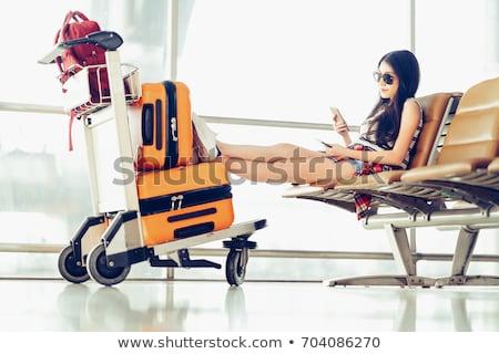 Donna zaino in spalla aeroporto voli escursionista zaino Foto d'archivio © blasbike