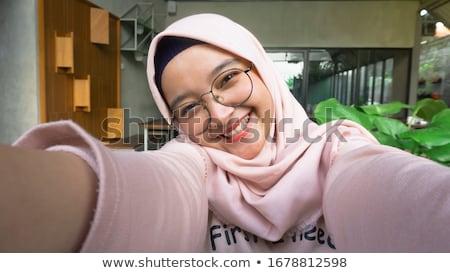 Foto stock: Ulher · segurando · uma · câmera