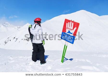 sinal · de · parada · enterrado · neve · assinar · branco · pare - foto stock © ruslanomega