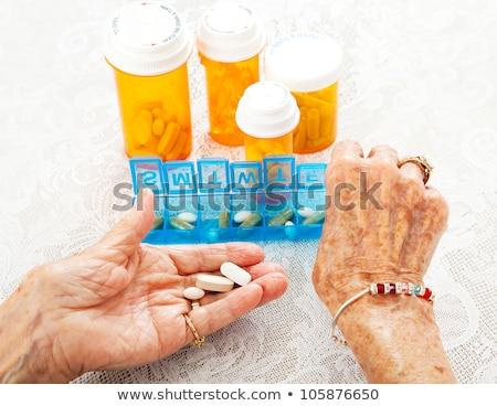 minden · nap · tabletta · doboz · fehér · konténer · izolált - stock fotó © wavebreak_media