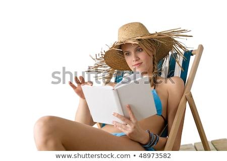 Boek strohoed ligstoel Open boek gras natuur Stockfoto © pab_map