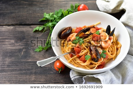 spagetti · fokhagyma · tipikus · olasz · főzés · tányér - stock fotó © Antonio-S