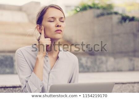 Işkadını oturma merdiven gözleri kapalı portre Stok fotoğraf © d13