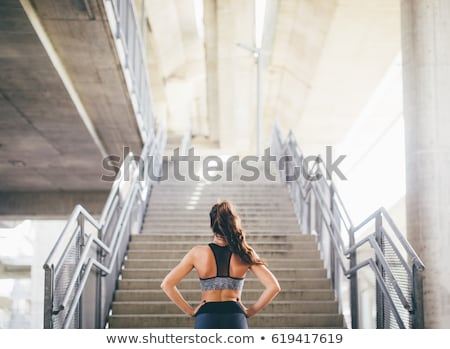 nina · escalera · chica · atractiva · hermosa · pelo · concretas - foto stock © bezikus