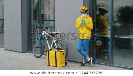Criminal hombre guantes mujer bolsa Foto stock © deandrobot