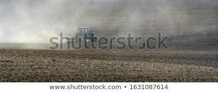 Panoramisch trekker bodem oogst veld Stockfoto © artjazz