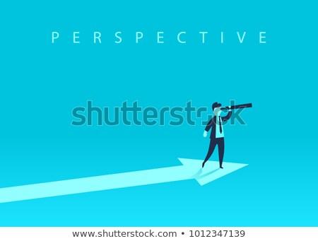 Uomo guardando inoltrare grafico imprenditore Foto d'archivio © ra2studio