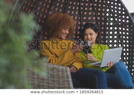 Optimista dos ninas amigos imagen hermosa Foto stock © deandrobot