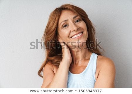 portret · piękna · kobieta · odizolowany · przypadkowy · młoda · kobieta - zdjęcia stock © jaykayl