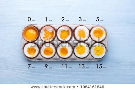 Kahverengi organik yumurta beyaz çanak fincan Stok fotoğraf © ralanscott